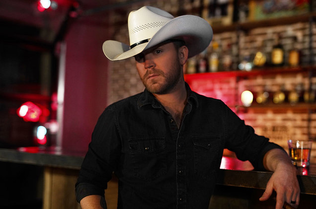 Justin Moore & Tracy Lawrence at Des Monies Civic Center